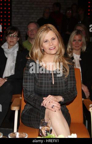 Celebrities at '3 nach 9' Talkshow.  Featuring: Michaela Schaffrath Where: Bremen, Germany When: 27 Jan 2017 - Stock Photo