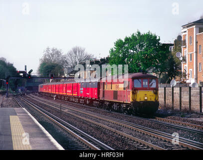A pair of class 73 electro diesel locomotives top and tailing the a Travelling Post Office working at Kensington - Stock Photo