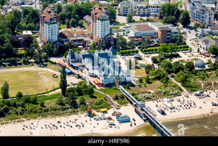 Heringsdorf Pier, Heringsdorf, Usedom Island, Baltic Sea, Mecklenburg-Western Pomerania, Germany - Stock Photo