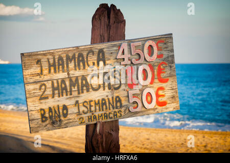 La Cala de Mijas, Costa del Sol, Malaga Province, Andalusia, southern Spain.  Handmade sign on beach for the rent - Stock Photo