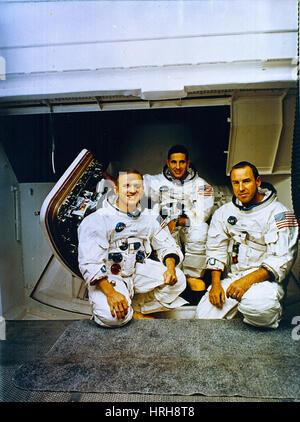 apollo space flight crews - photo #41