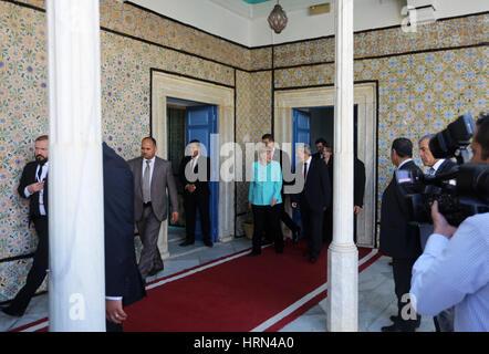 Bardo, Tunisia. 3rd Mar, 2017. President of the Tunisian Parliament Mohamed Ennacer while he receives Angela Merkel. - Stock Photo