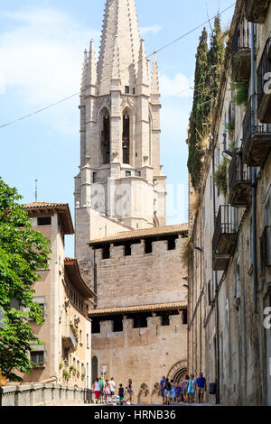 The Collegiate Church of Sant Feliu, Barri Vell Old Quarter, Girona, Spain - Stock Photo