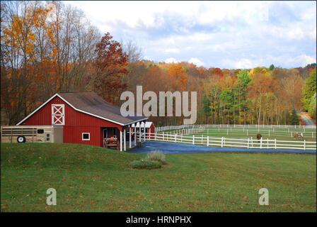 Red barn in Autumn, Eastern Pennsylvania USA - Stock Photo