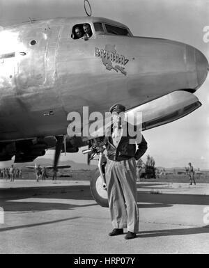 Korean War, General MacArthur Inspects Forces - Stock Photo