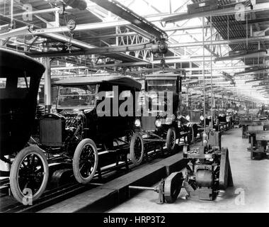 Ford Model T Assembly Line, 1920s - Stock Photo
