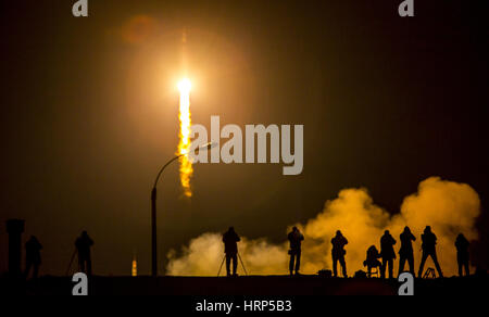Soyuz TMA-16M Spacecraft Launch, Year Long Mission - Stock Photo