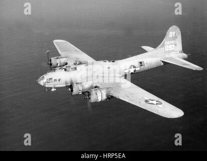 WWII, Boeing B-17 Flying Fortress, 1940s - Stock Photo