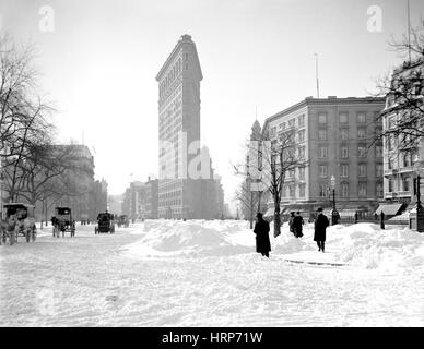 NYC, Flatiron Building After Snowstorm, 1905 - Stock Photo