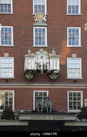 tha famous fortnum and mason store london - Stock Photo