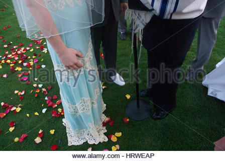 Jewish Wedding With The Glass Breaking Ceremony
