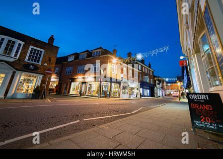 Downing Street in Farnham at early nightfall on a cold winter's evening - Stock Photo