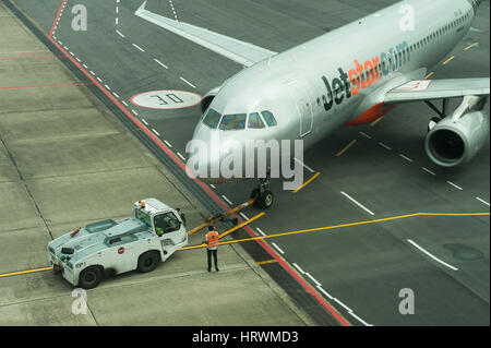 25.01.2017, Singapore, Republic of Singapore, Asia - An airplane on the apron of Terminal 1 at Singapore's Changi - Stock Photo