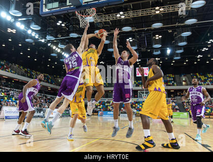 London, UK. 5th March, 2017. Leeds Force defeat  London Lions  92-81  at Copper box, Olympic Park, London. Lions' - Stock Photo