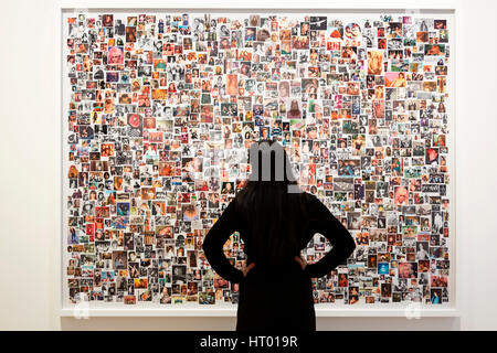 London, UK. 6 March 2017. Artwork Guys, 2005, by Steven Shearer. The exhibition Double Take opens at Skarstedt Gallery - Stock Photo