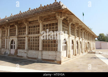 Exterior of Sarkhej Roza mosque in Ahmedabad, Gujarat, India - Stock Photo
