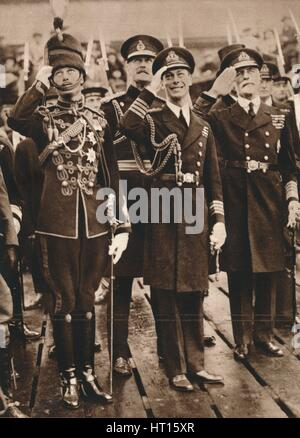 The Duke of York and Prince Henry welcoming the Prince of Wales at Portsmouth', 1925. Artist: Unknown. - Stock Photo