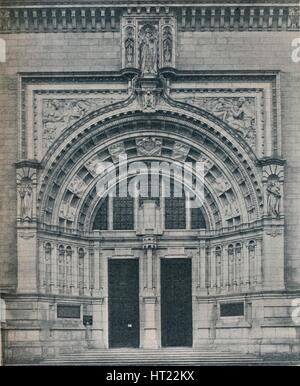 'Main Entrance, Victoria and Albert Museum, With Sculpture by Alfred Drury', c1909. Creator: Unknown. - Stock Photo