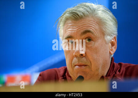 London, UK. 06th Mar, 2017. Munich manager Carlo Ancelotti at a press conference ahead of the second leg of the - Stock Photo