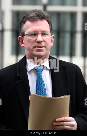 London, UK. 7th March 2017. Jeremy Wright QC MP Attorney General seen leaving 10 Downing street. Credit: WFPA/Alamy - Stock Photo