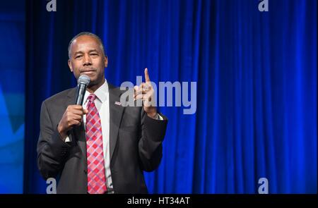 U.S. Secretary of Housing and Urban Development Ben Carson holds his first employee town hall meeting March 6, 2017 - Stock Photo
