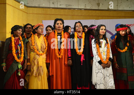 Dhaka, Bangladesh. 7th March 2017. Bangladeshi acid attack survivors are participant the fashion show 'Beauty Redefined' - Stock Photo