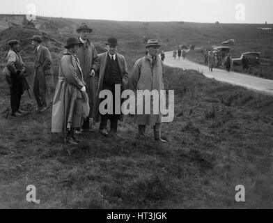 Sir William Graham and Alderman GF Fosdyke at the Caerphilly Hillclimb, Wales, 1922. Artist: Bill Brunell. - Stock Photo