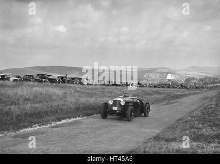 Bentley competing in the Bugatti Owners Club Lewes Speed Trials, Sussex, 1937. Artist: Bill Brunell. - Stock Photo