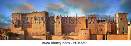 Exterior of the mud brick Kasbah of Taourirt, Ourrzazate, Morocco, built by Pasha Glaoui. A Unesco World Heritage - Stock Photo