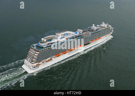 Aerial view of the Royal Princess sailing in The Solent towards Southampton, United Kingdom - Stock Photo