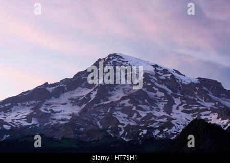 Mt Rainier (elev 14,410 ft) at sunset, Mount Rainier National Park, WA, USA - Stock Photo