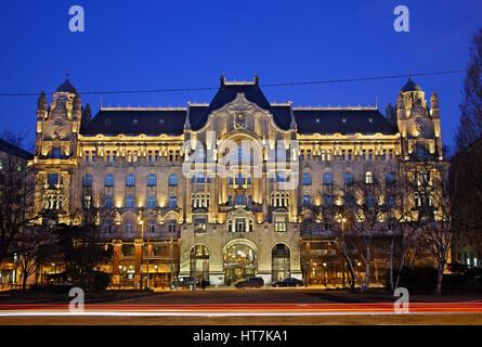 Beautiful Gresham Palace (nowadays Four Seasons Hotel), an excellent art nouveau building, next  to Szechenyi Chain - Stock Photo