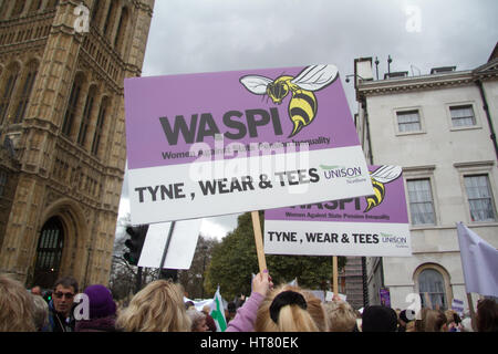 London UK. 8th March Hundreds of women from WASPI Women Against State Pension Inequality dressed in traditional - Stock Photo