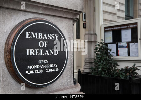 London, UK. 8th Mar, 2017. A sign outside the Embassy of Ireland in London. Credit: Mark Kerrison/Alamy Live News - Stock Photo