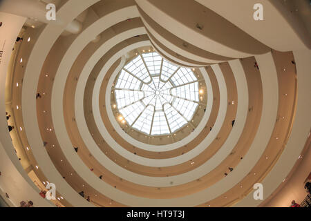 USA, New York City, Manhattan, Upper East Side, Guggenheim Museum - Stock Photo