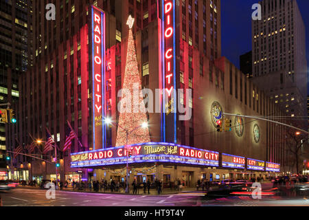 USA, New York City, Midtown Manhattan, Rockefeller Center, Radio City Music Hall - Stock Photo