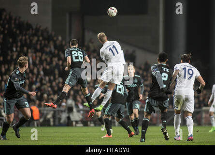 Denmark, Copenhagen, March 9th 2017. Andreas Cornelius (11) of FC Copenhagen seen in a challange with Nick Viergever - Stock Photo