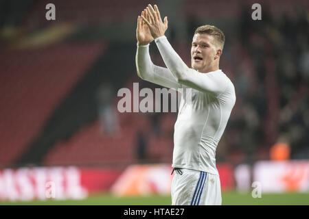 Denmark, Copenhagen, March 9th 2017. Andreas Cornelius (11) of FC Copenhagen thanks the fans after the Europa League - Stock Photo