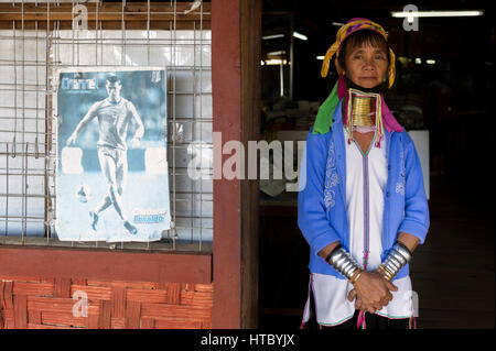 Myanmar (ex Birmanie). Inle lake. Woman long neck Ethnie Karen - Stock Photo