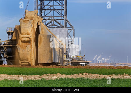 Open-cast lignite mine, Garzweiler, North Rhine-Westphalia, Germany, Europe - Stock Photo