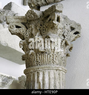 Corinthian capital decorated with acanthus leaves. Roman theatre. 1st century AD. Stone of Medol/Soldo. Tarragona, - Stock Photo