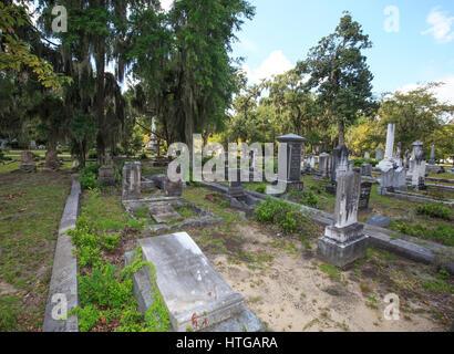 Graves at Bonaventure Cemetery, Savannah, Georgia. - Stock Photo