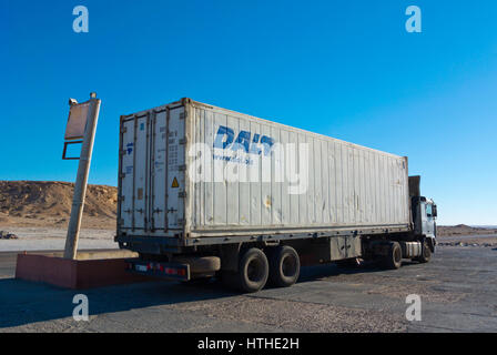 Truck, lorry, Petrom Sahara service station, N1 road, between Boujdour and Dakhla, Western Sahara, administered - Stock Photo
