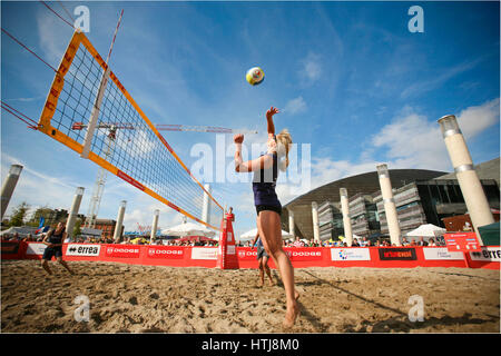 Volleyball at the Harbour Festival Cardiff - Stock Photo