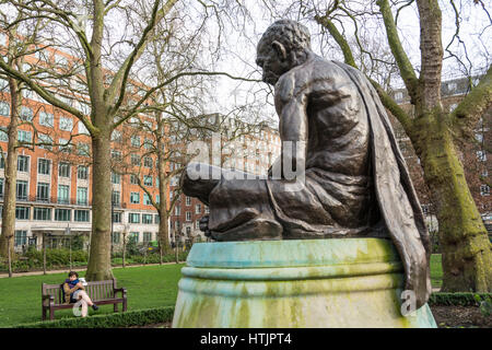 Statue of Mahatma Gandhi, sculpted by Fredda Brilliant, in Tavistock Square, London, UK. - Stock Photo