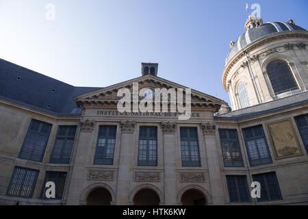 Paris, France. 26th Jan, 2017. The Institut national de France in Paris, France, 26 January 2017. Photo: Soeren - Stock Photo