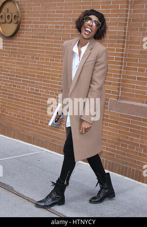 New York, NY, USA 13th Mar, 2017 Kelly Rowland at The View promoting her new book WHOA BABY! in New York City on - Stock Photo