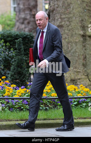 Downing Street, London, UK. 14 Mar 2017 -  Damian Green Secretary of State for Work and Pensions arrives for the - Stock Photo
