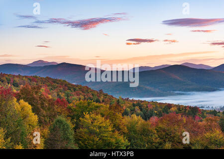 Overlook on Bear Notch Road, Crawford Notch area, White Mountain Nation Forest, NH - Stock Photo