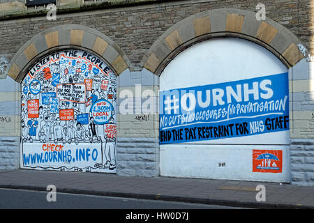 Bristol, UK. 15th March, 2017. New street art in the Stokes Croft area of the city highlights opposition to possible - Stock Photo
